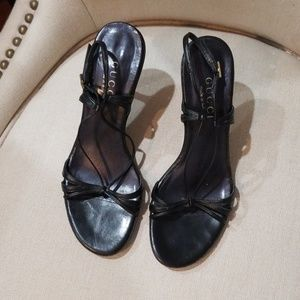 Gucci made in Italy black leather heels